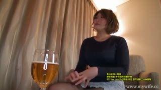 お酒が入ってトロ目になったムッチリ妻と高級ホテルでハメ撮り不倫パコ